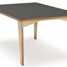 [4] Table basse